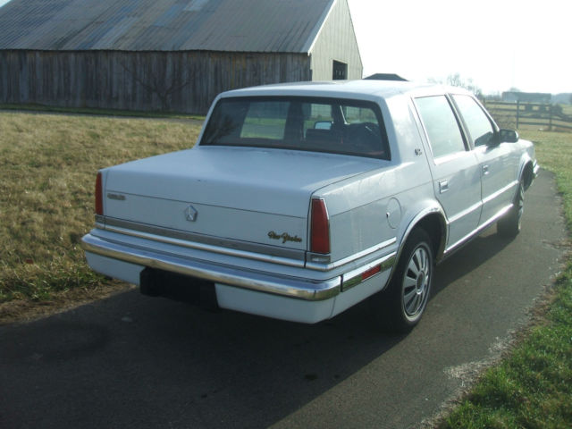 1991 chrysler new yorker salon sedan 4 door 3 3l classic for 1993 chrysler new yorker salon sedan