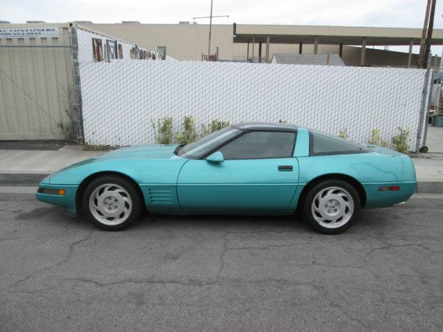1991 Corvette Hatchback Coupe Turquoise - Classic Chevrolet Corvette