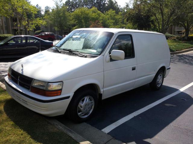 1991 Dodge Caravan C/V Mini Cargo Van 3-Door 3.0L - Classic Dodge Caravan 1991 for sale