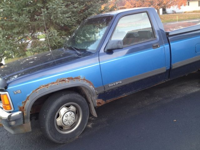 1991 Dodge Dakota Base Standard Cab Pickup 2