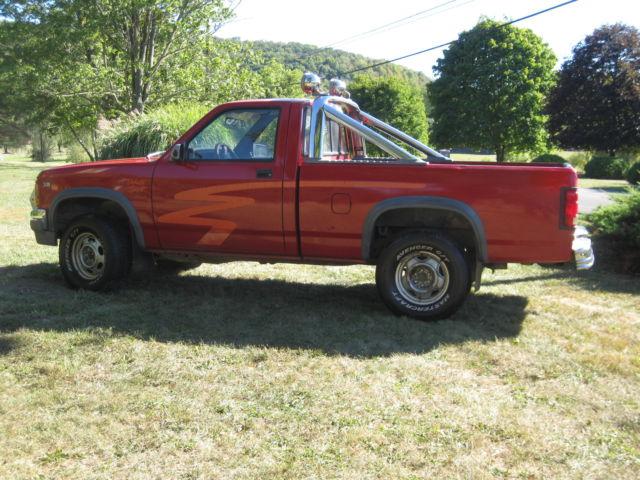 1991 dodge dakota sport standard cab pickup 2 door 5 2l 318 v8 truck w hitch classic dodge. Black Bedroom Furniture Sets. Home Design Ideas