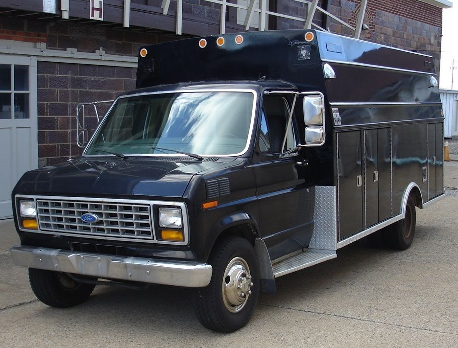 Ford E Diesel Cut Away With Aluminum Modular Body Former Ambulance on Ford E350 Battery Location