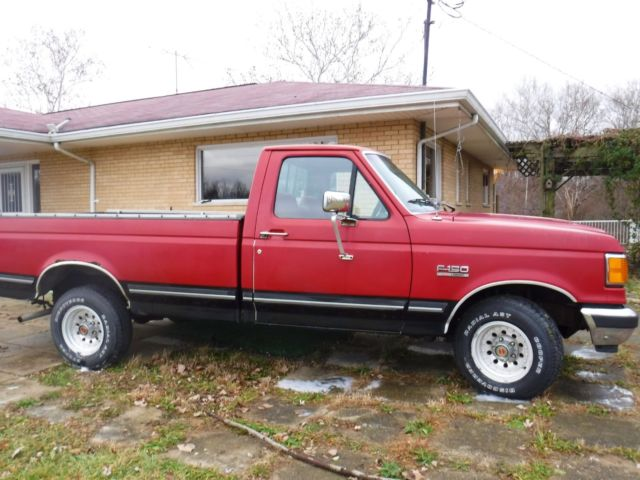 ford   xlt lariat pickup truck red black manual