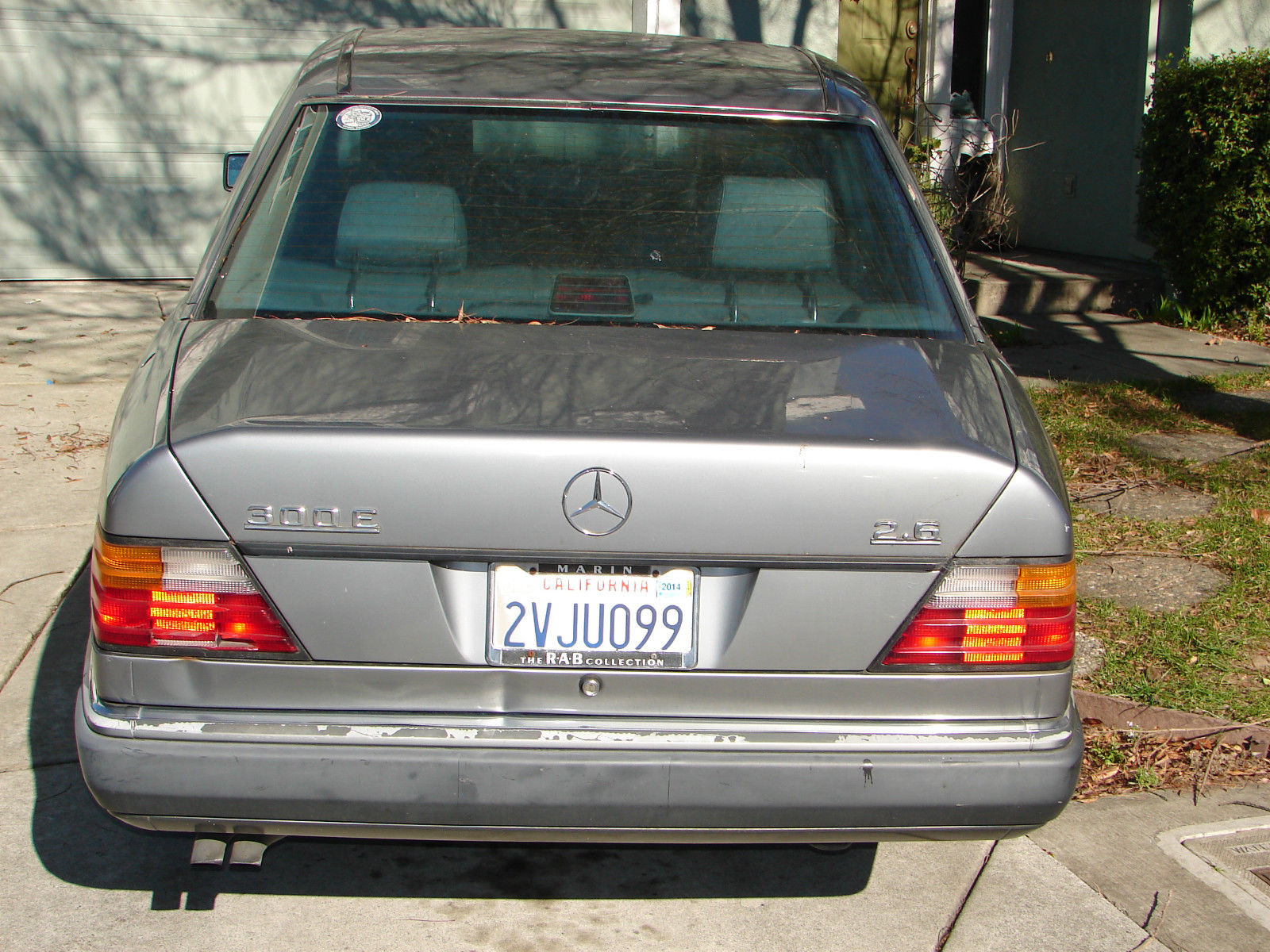 1991 mercedes benz 300e 2 6 auto 4 dr sedan sunroof for Mercedes benz auto body
