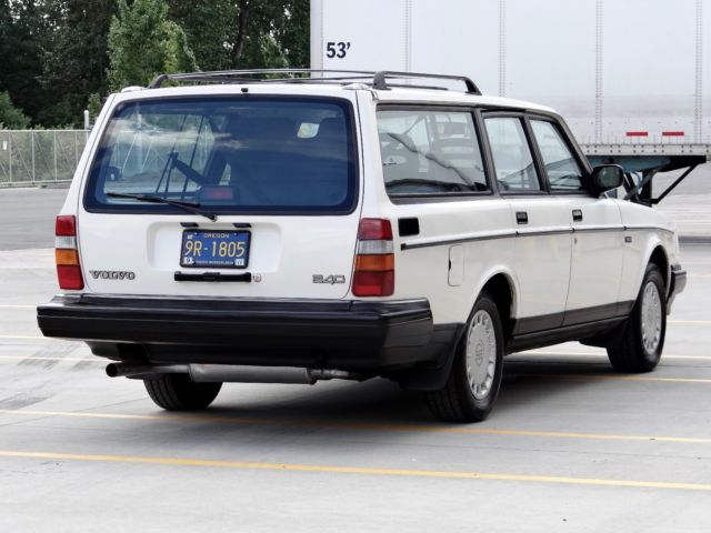 Sell used 1991 Volvo 240 Base Wagon 4-Door 2.3L in ...   1991 Volvo 240 Wagon