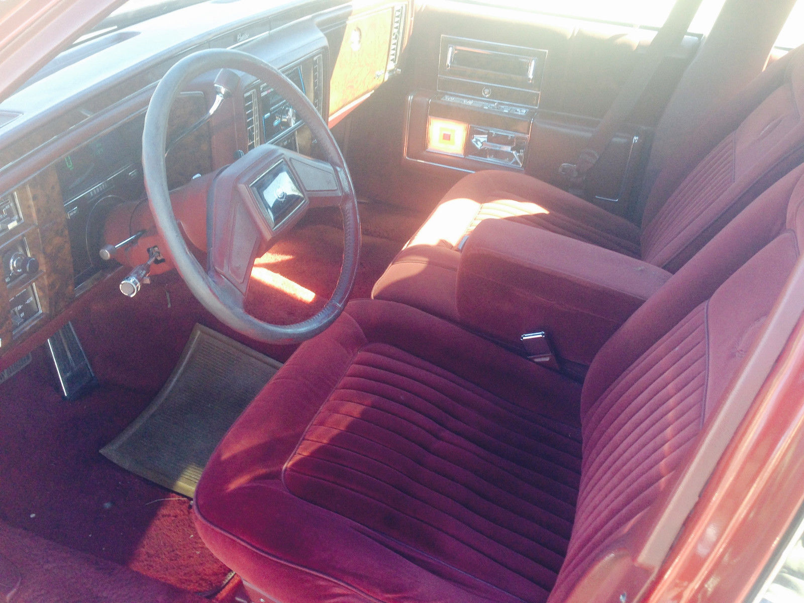 1992 cadillac brougham 5 0 with 77 500 miles exterior and interior is burgundy classic. Black Bedroom Furniture Sets. Home Design Ideas