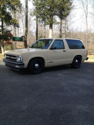 1992 Chevrolet S10 Blazer Base Sport Utility 2-Door 4 3L
