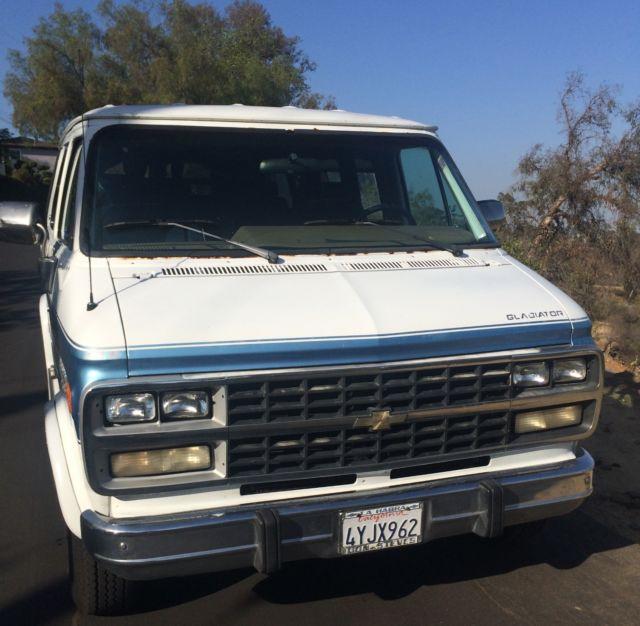 1992 Chevy G20 5.7 Van