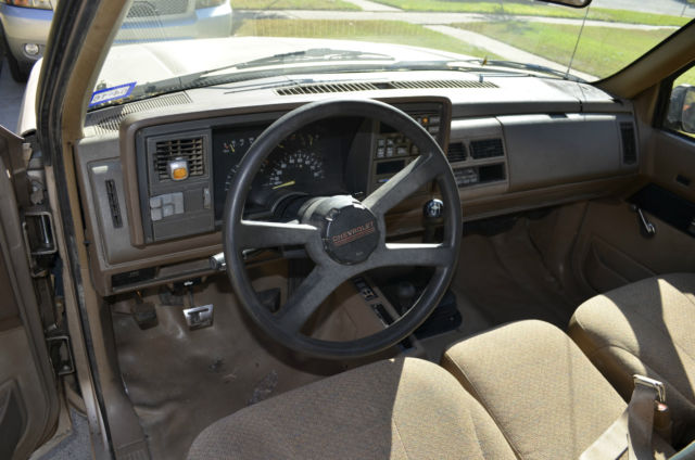 1992 Chevy K1500 4x4 V8 350 ci 5.7 litre Regular Cab Short ...