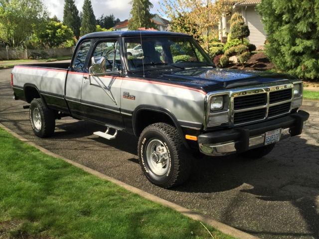1992 dodge ram 2500 4x4 extra cab cummins diesel first gen 71k miles like new classic dodge. Black Bedroom Furniture Sets. Home Design Ideas