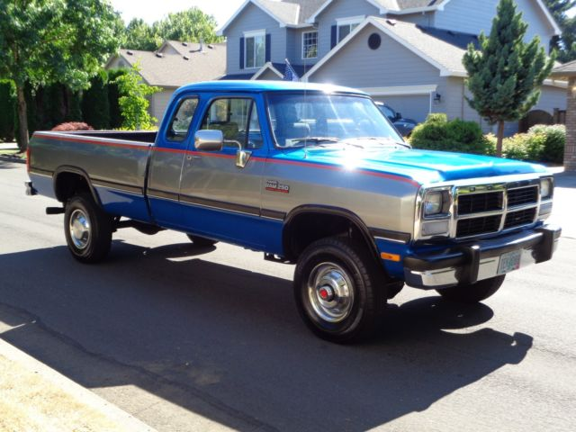 Dodge Ram D W X Cummins Diesel Low Miles on 1989 Dodge Ram Blue