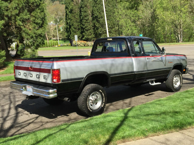 1992 dodge ram le w250 4x4 club cab 5 9l cummins turbo diesel first gen 71k mile classic dodge. Black Bedroom Furniture Sets. Home Design Ideas
