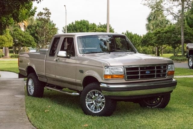 1992 Ford F150 XLT Extended Cab 4X4 - Classic Ford F-150 1992 for sale