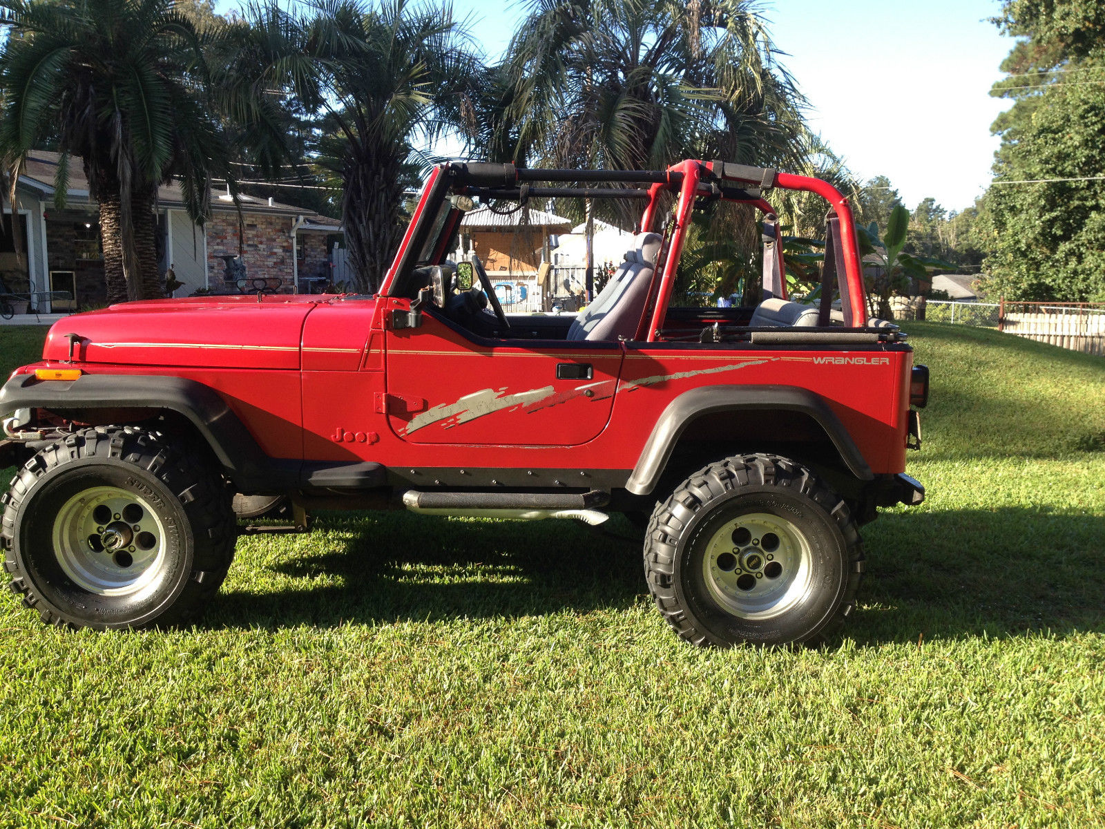 1992 jeep wrangler base sport utility 2 door 350 chevy classic jeep wrangler 1992 for sale. Black Bedroom Furniture Sets. Home Design Ideas