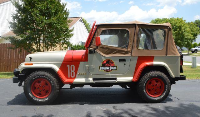 1992 jeep wrangler sahara jurassic park classic jeep wrangler 1992 for sale. Black Bedroom Furniture Sets. Home Design Ideas