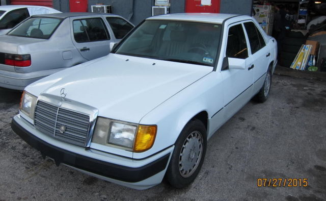 1992 mercedes benz 300d w124 sedan body e300d 2 5 l turbo diesel i5 e classic. Black Bedroom Furniture Sets. Home Design Ideas