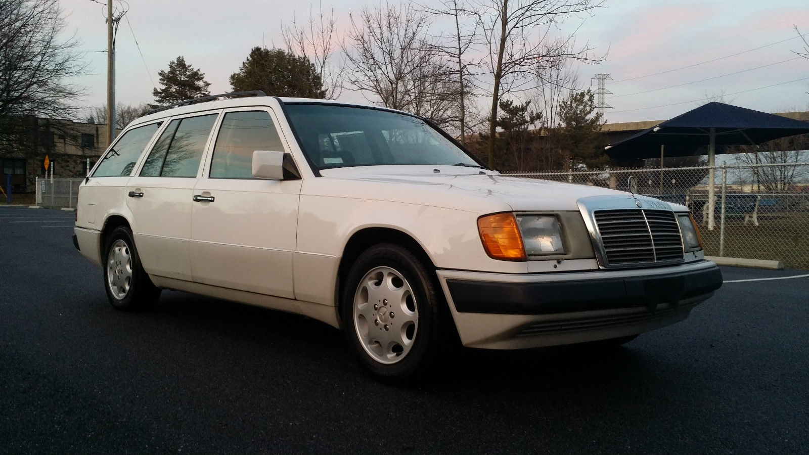 1992 mercedes benz 300te wagon with low miles and so clean for Benz mercedes for sale