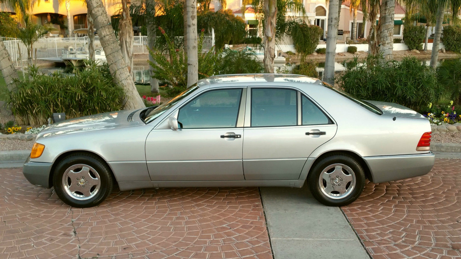 Service manual 1992 mercedes benz 400se how to remove for Mercedes benz 400 se