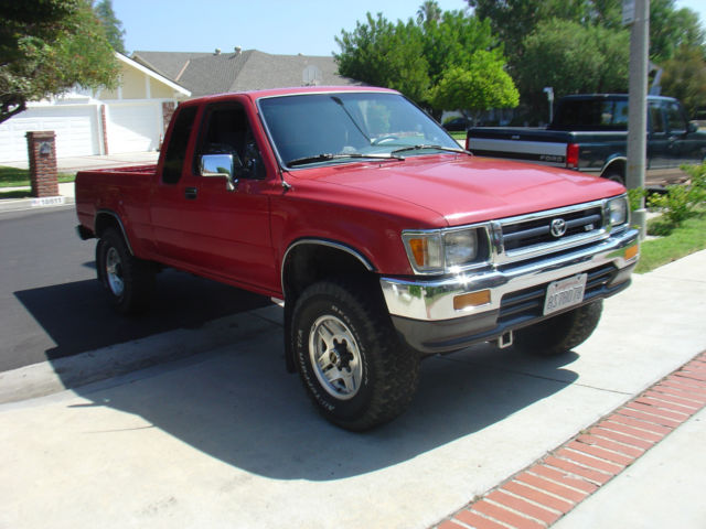 1992 toyota pickup sr5 extended cab pickup 2 door 3 0l. Black Bedroom Furniture Sets. Home Design Ideas