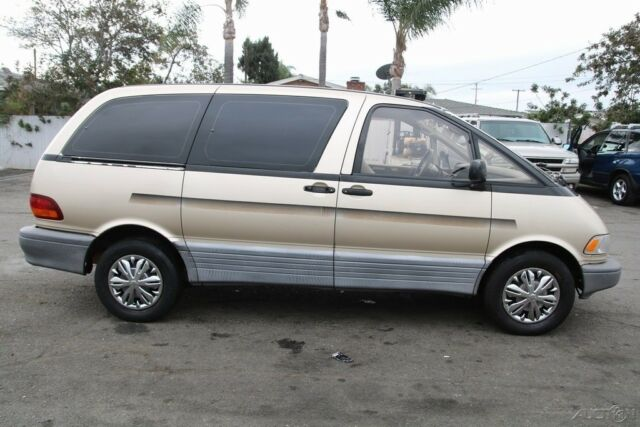 1992 Toyota Previa Le Automatic 4 Cylinder No Reserve