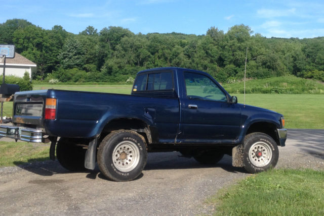1993 4wd 2 4l Toyota Pickup Automatic  22re Motor  Standard Cab