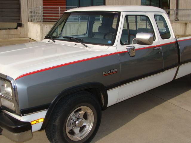 1993 93 Dodge Club Cab Cummins 5 Speed Longbed