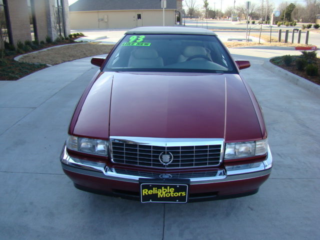 1993 cadillac eldorado sport coupe 2 door 4 6l 60k miles classic cadillac eldorado 1993 for sale. Black Bedroom Furniture Sets. Home Design Ideas