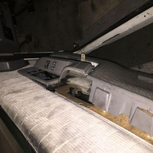 1993 Chevrolet S10 Blazer Interior: 1993 Chevrolet 2 Door Blazer /Tahoe NO RESERVE