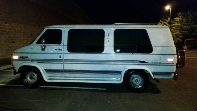 1993 Chevrolet G20 Van Gladiator Conversion Custom