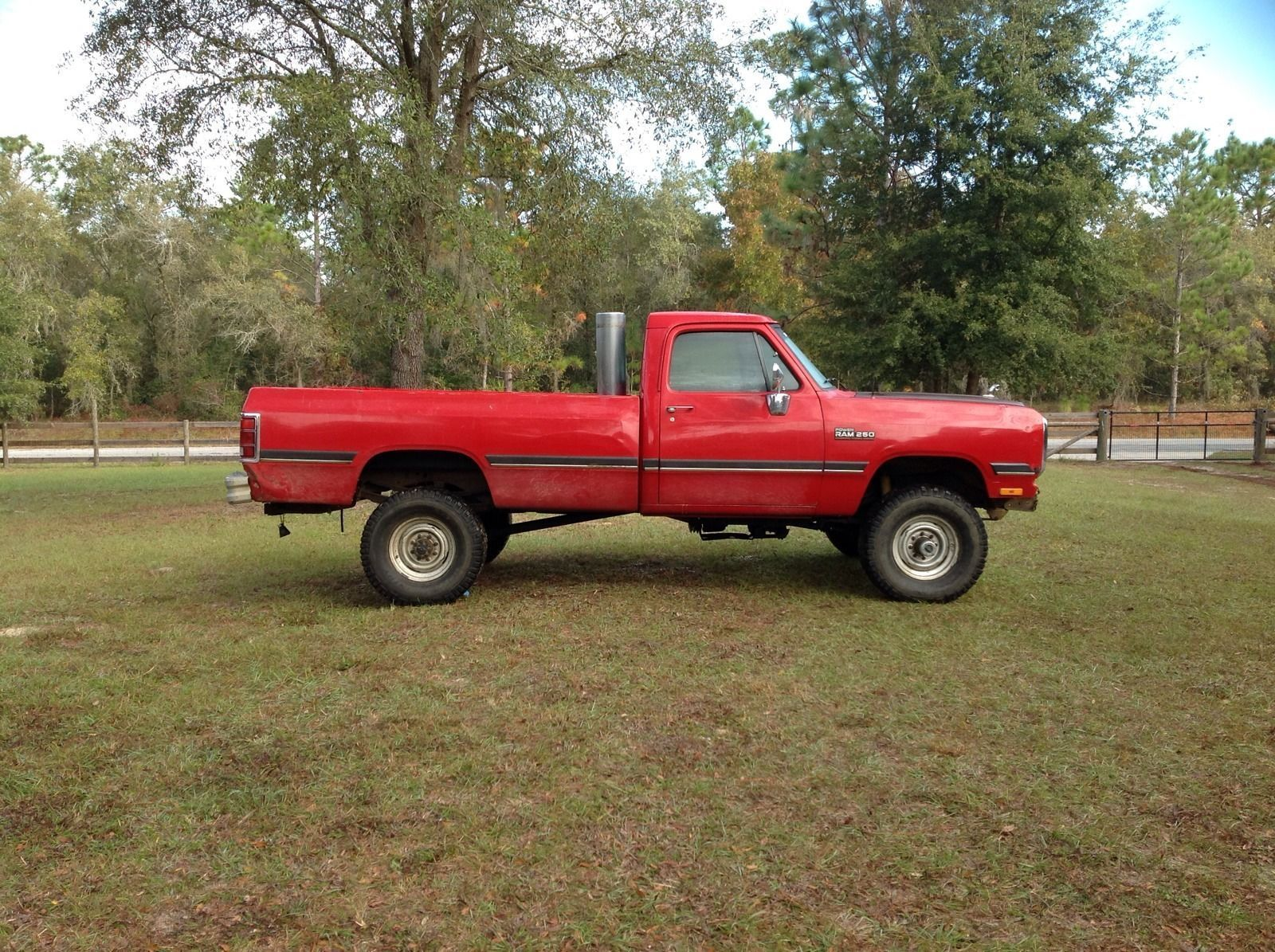 1993 dodge ram 12 valve 5 9 cummins turbo diesel 4x4 4wd 1st gen classic dodge ram 2500 1993. Black Bedroom Furniture Sets. Home Design Ideas