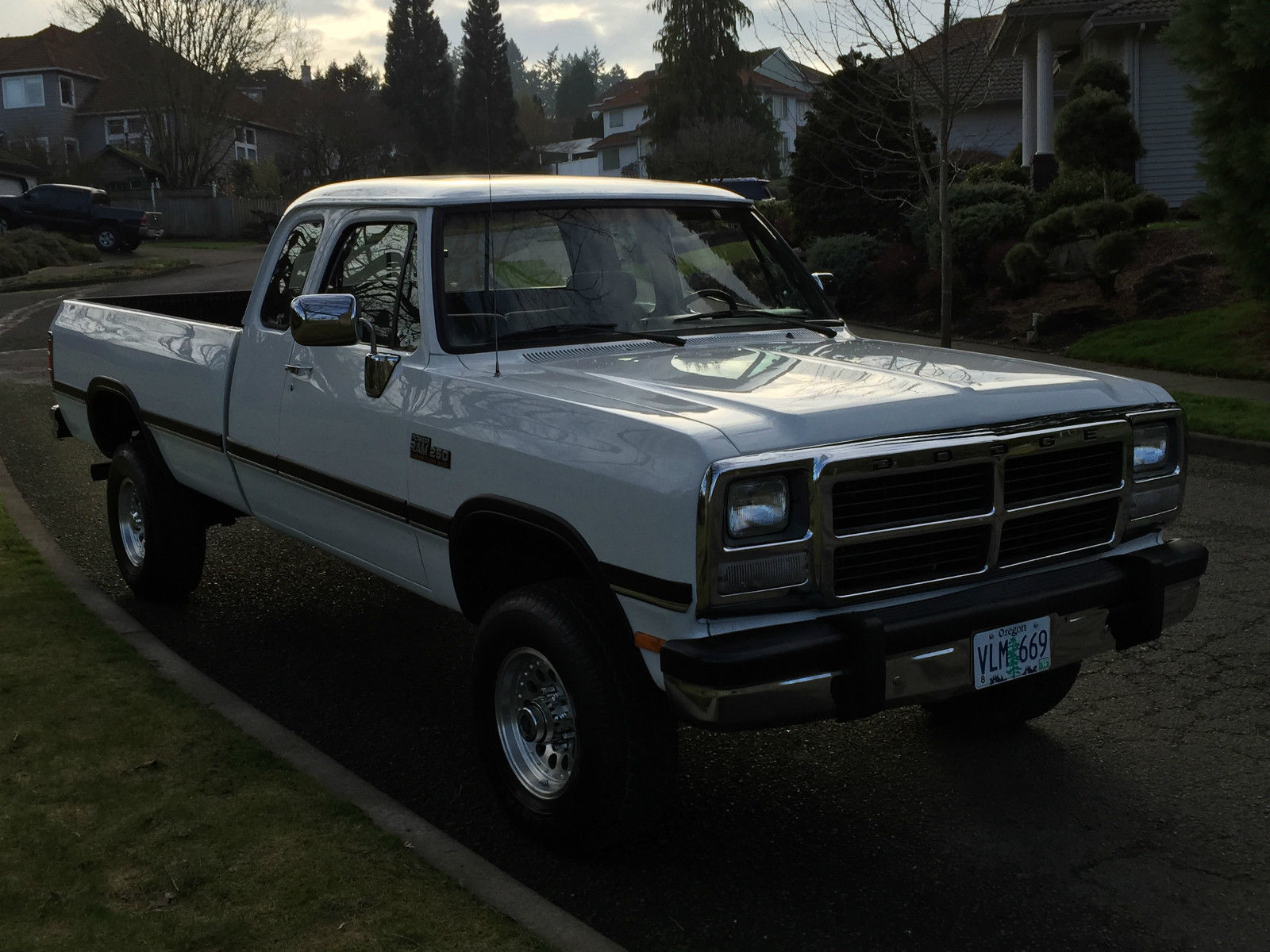 1993 dodge ram 2500 4x4 extra cab cummins diesel first gen 116k miles like new classic dodge. Black Bedroom Furniture Sets. Home Design Ideas