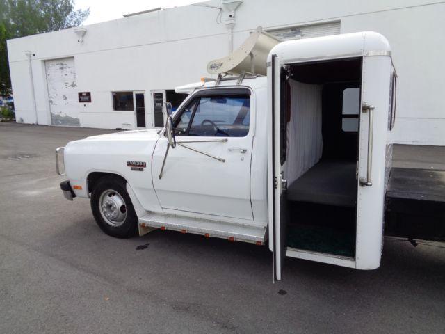 Dodge Ram Dually Hauler Sleeper Truck L Cummins Diesel No Reserve on Dodge Ram 3500 Payment