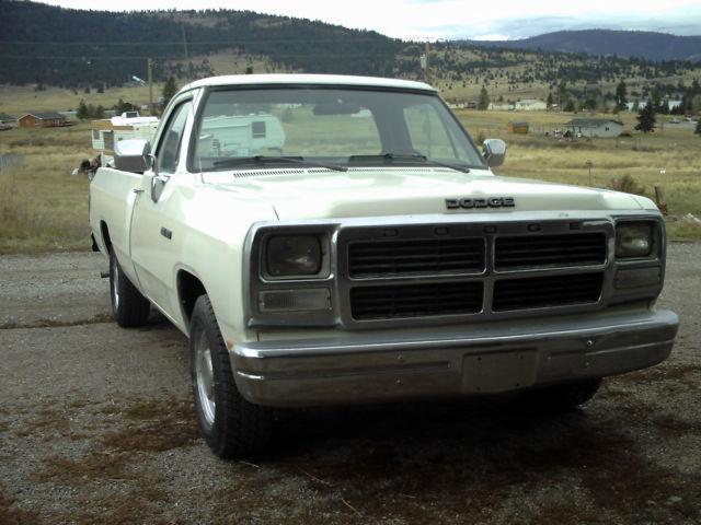 1993 Dodge Ram D150 1  2 Ton Pickup
