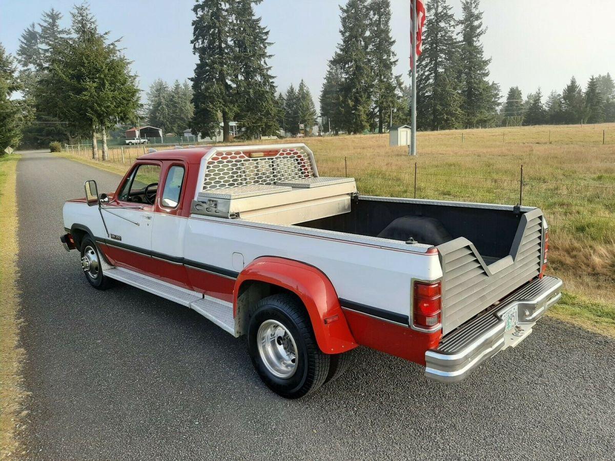 1993 Dodge Ram D350 Club Cab 12