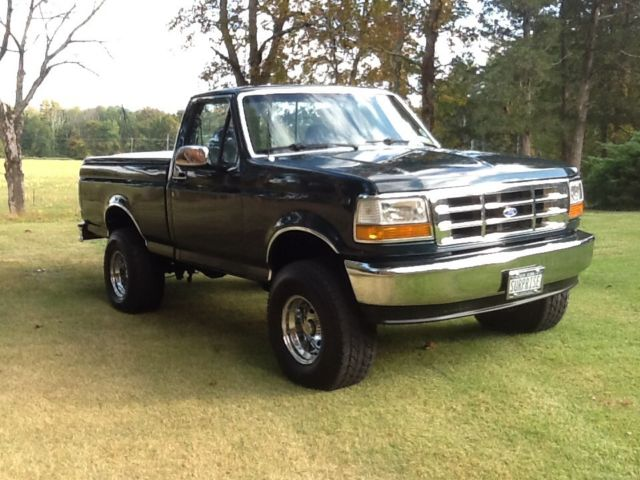1993 ford f 150 xlt lariat styleside 4x4 swb v8. Black Bedroom Furniture Sets. Home Design Ideas