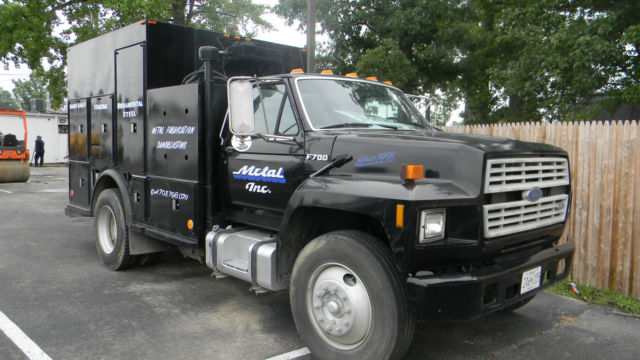 FORD F700 Trucks For Sale - Page 1 of 4