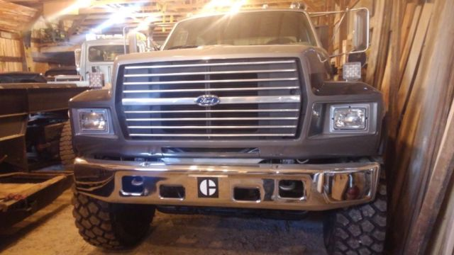 1993 Ford F800 crew cab service truck toy hauler f750 f650 ...