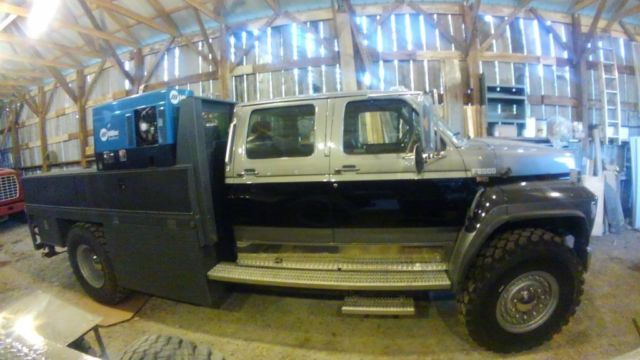 1993 Ford F800 Crew Cab Service Truck Toy Hauler F750 F650