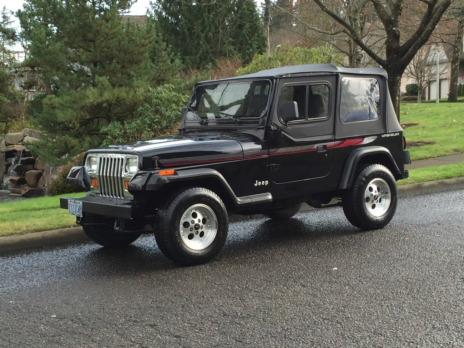 1993 jeep wrangler 4x4 2dr convertible 2 5 39 l 4 39 cyl only 84k orig 1owner like new classic jeep. Black Bedroom Furniture Sets. Home Design Ideas