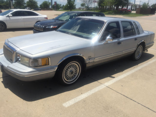 Best Year For Used Lincoln Town Car