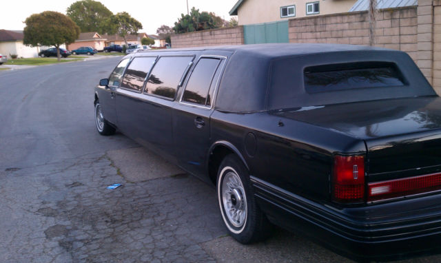 1993 Lincoln Town Car Limo Black W Black Top Classic Lincoln Town
