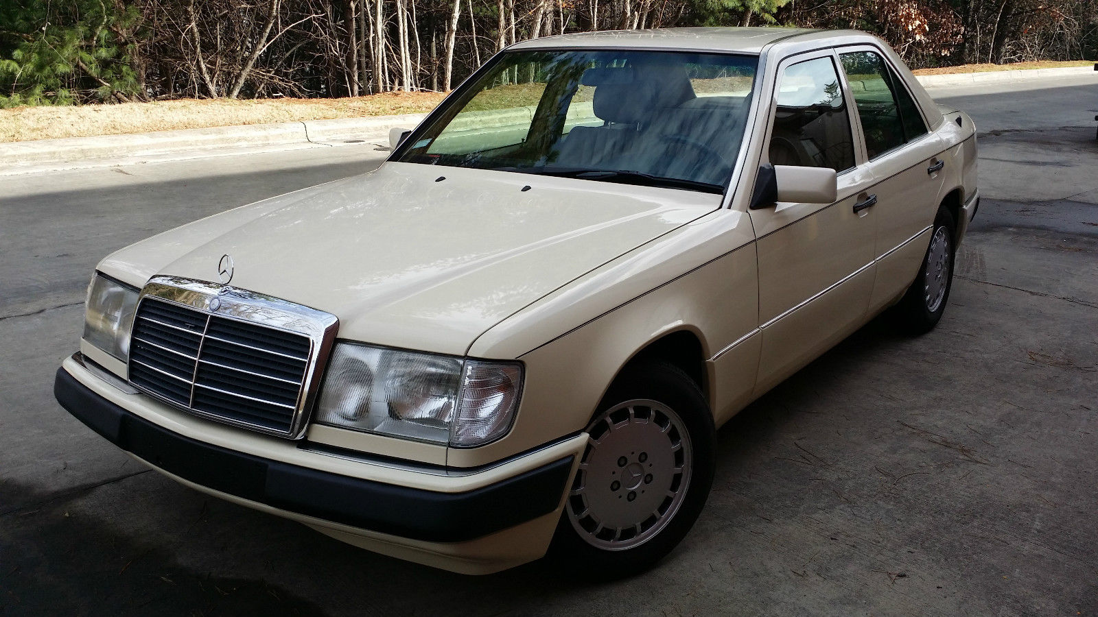 1993 mercedes 300d turbodiesel w124 4dr immaculate