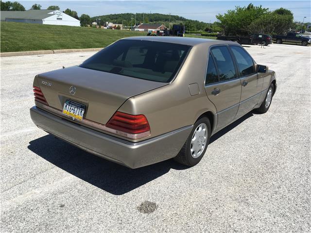 1993 Mercedes-Benz 300 Series 300SD 185472 Miles Gold ...