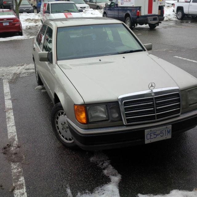 1993 Mercedes-Benz 300E 4Matic Sedan 4-Door 3.0L LOW