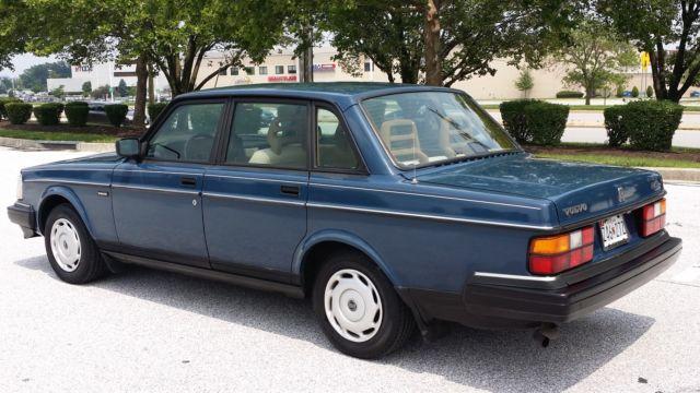 1993 volvo 240 base sedan 4 door 2 3l classic classic volvo 240 1993 for sale. Black Bedroom Furniture Sets. Home Design Ideas
