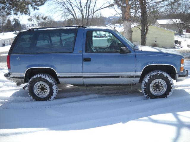 1994 94 Chevy Blazer K5 Full Size 1500 5 Speed Manual 4wd border=