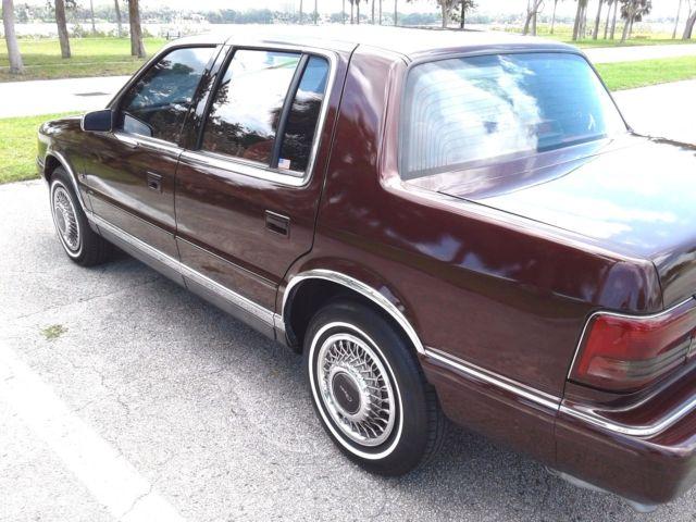 1994 chrysler le baron sedan 3 0 v6 excellent condition ice cold a c classic chrysler. Black Bedroom Furniture Sets. Home Design Ideas