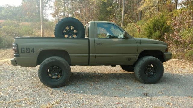 1994 Dodge Ram 1500 Base Standard Cab Pickup 2-Door 5.9L ...