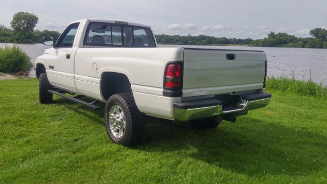 1994 dodge ram 2500 cummins diesel 4x4 manual low miles no rust 3500 1995 1996 classic dodge. Black Bedroom Furniture Sets. Home Design Ideas