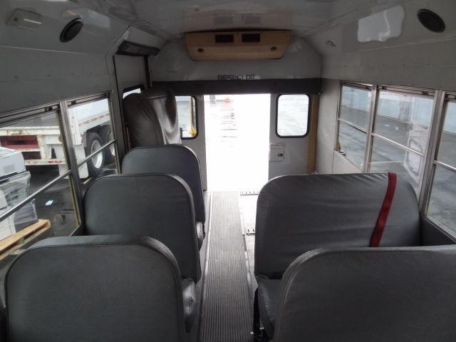Ford E Diesel School Collins Bus Cutaway Van Wheelchair Lift Rear Ac